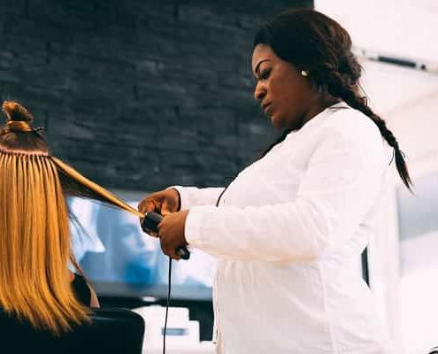 Bild von Styling einer Haarverlängerung